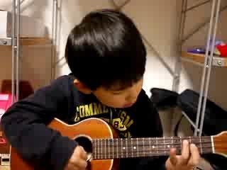 Мальчик с гитарой - супер зажигает 8)))